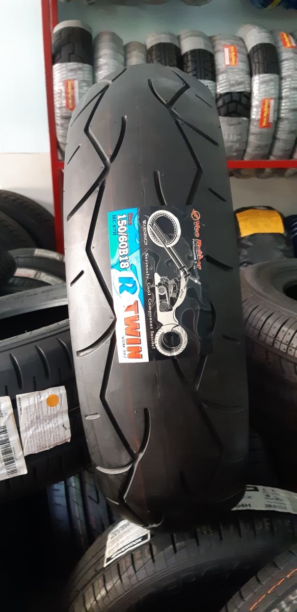 Vee Rubber 150/60 B18 67H TWIN VRM-302 Tubeless (Made in Thailand)